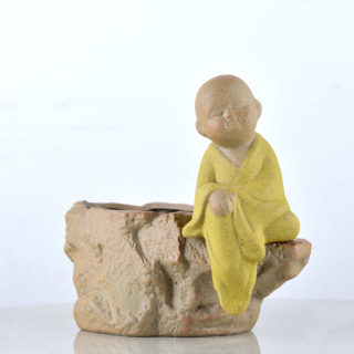 Stone shape pot with sitting monk – pic 2